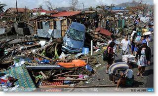Typhoon-haiyan-philippines-devastation